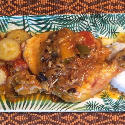 formule cuisse de poulet aux cacahuétes,salade d'ananas