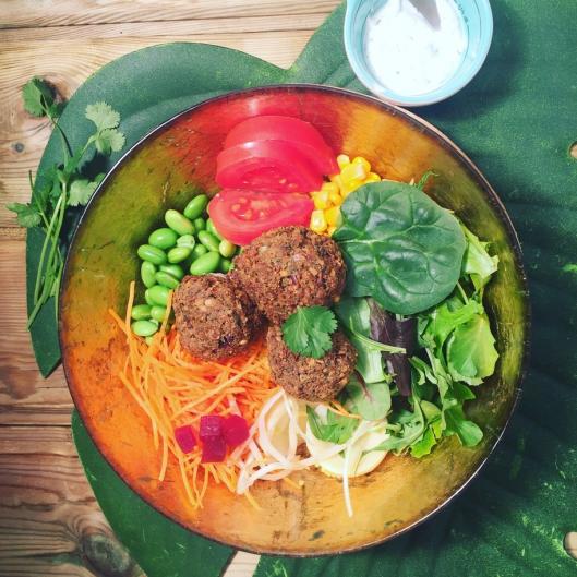Buddah bowl vegan aux falafels maison